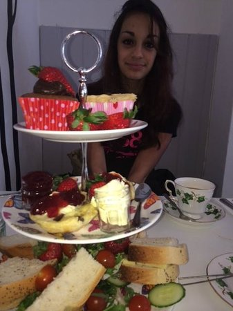 Lavender Tea Rooms: Generous High Tea