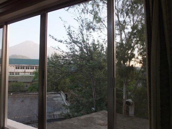 Impala Hotel: メルー山が見えます