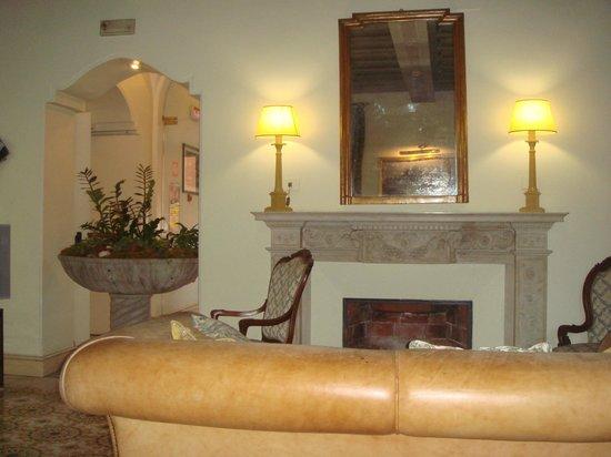 Hotel Villa Grazioli: гостиная
