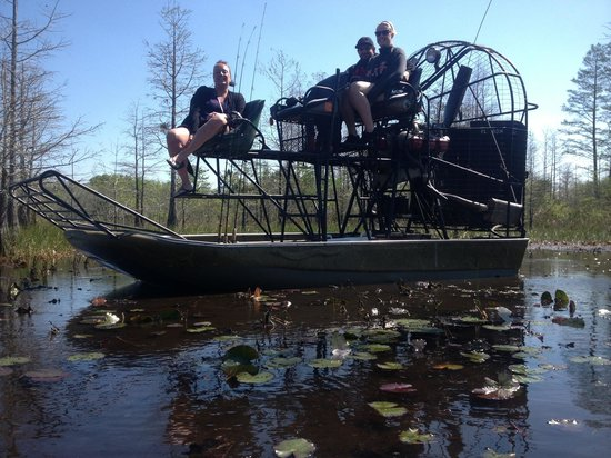 Old Florida Airboat Tours and Guide Service: An Awesome group from New York!  We had a blast!!!