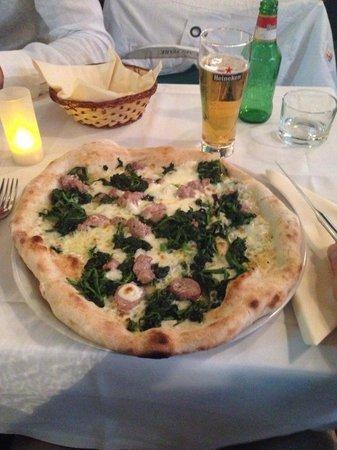 Ristorante Angolo Italiano : Pizza alla napoletana