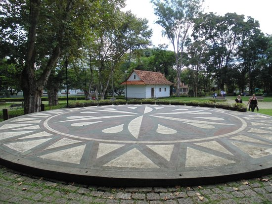 The Pope Woods and Polish Memorial: Bosque do Papa & Memorial da Imigração Polonesa