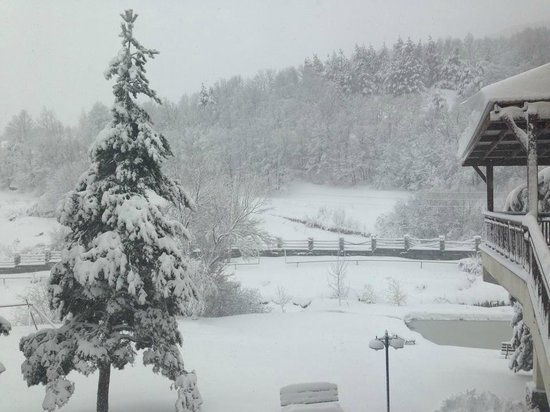 Arthurs Aghveran Resort : SnowFall