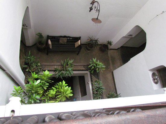 Zanzibar Coffee House: A view from the top floor down the center
