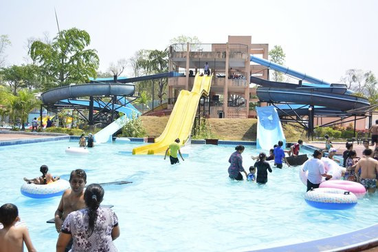 Treat Resort: Adjoining Water Park