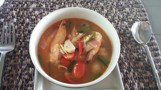 SALA Phuket Resort & Spa: Thai cooking - Prawn soup ;-)