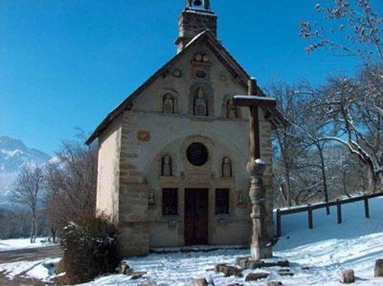 Le Cairn : La chapelle des petetes