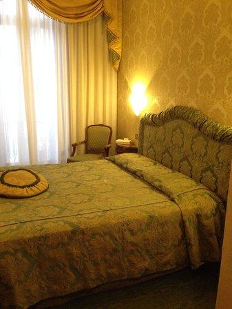 Hotel Savoia & Jolanda: Room