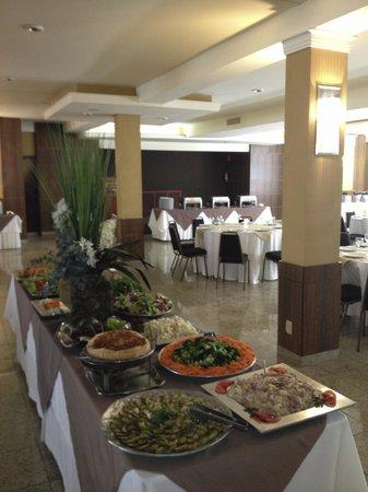 Samuara Hotel : sempre tem um buffet honesto e com ótima comida a noite