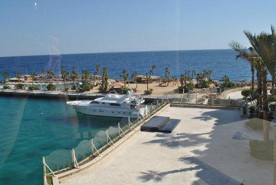 Citadel Azur Resort: Вид из Ресторана вкотором можно поуцжинать и позавтракать