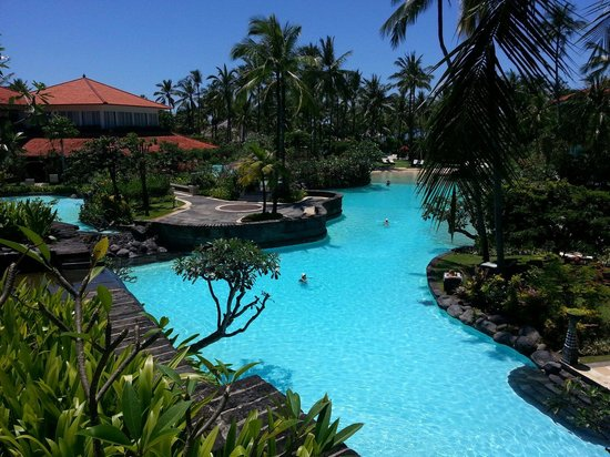 The Laguna, a Luxury Collection Resort & Spa: Nice pools