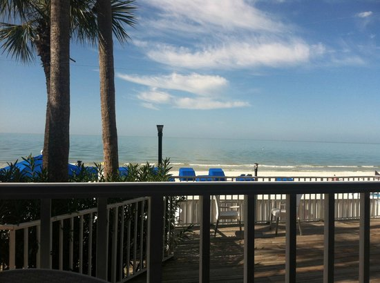 Doubletree Beach Resort by Hilton Tampa Bay / North Redington Beach: View from the outside Deck