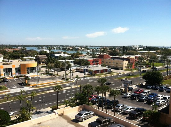 Doubletree Beach Resort by Hilton Tampa Bay / North Redington Beach: View from our room