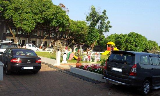 Hotel Gautam: 10