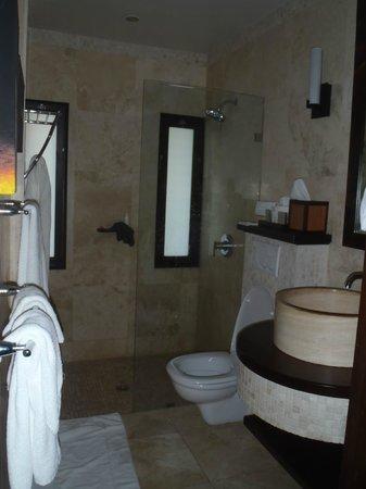 Sugar Ridge : Room 54 bathroom