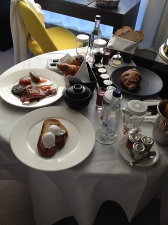 South Place Hotel: Breakfeast
