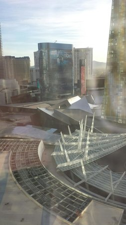 ARIA Resort & Casino: Morning view from our room