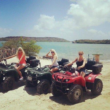 ATV & Buggy Tours: bij de St. Joris Baai