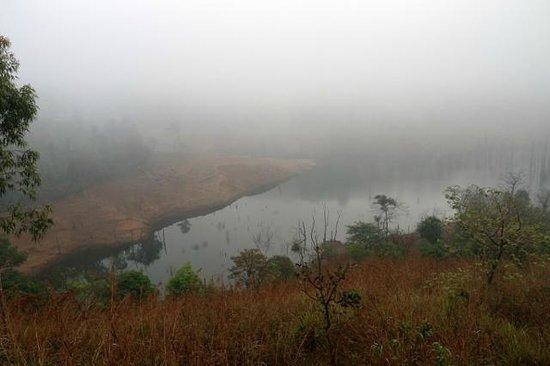Banasura Island Retreat : View of the mist on the dam water