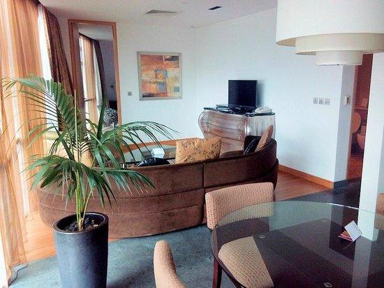 BurJuman Arjaan by Rotana - Dubai: Living area