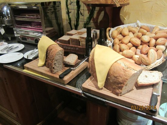 Colón Hotel: Breakfast
