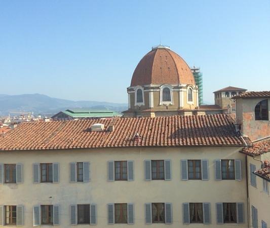 Hotel Laurus al Duomo: San Lorenzo, vue depuis notre chambre