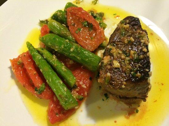 Royal Jardins Hotel: Um dos pratos servidos no restaurante