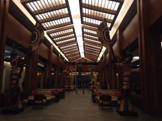 Hotel Barcelo Maya Beach : Lobby