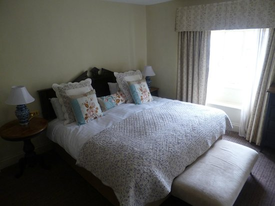 The Luttrell Arms: Superior Double/Twin Bedroom
