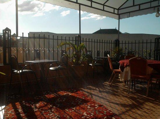 Restaurant Gout de Meknes: TRES BELLE TERASSE