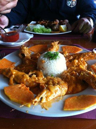 La Muralla : Comida rica y abundante