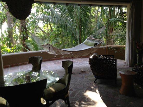 Florblanca Resort: Lanai area of our villa