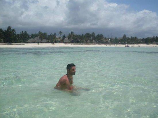 Sultan Sands Island Resort: Dove stavo prima in bassa marea!!!