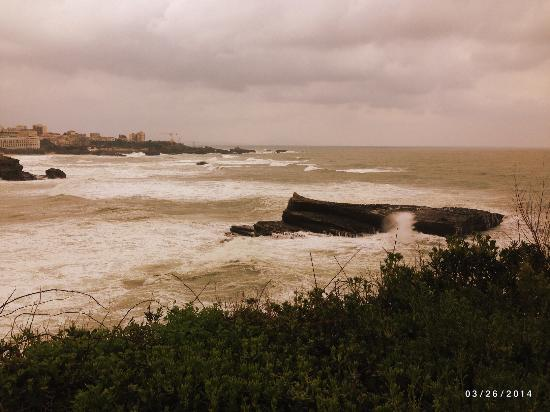 Basque Tours: A photo op at Biarritz
