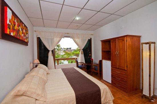 Galapagos Island Hotel - Casa Natura: cuarto matrimonial