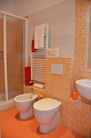 Bagno arancio foto di il vico genova genova tripadvisor - Bagno arancione ...