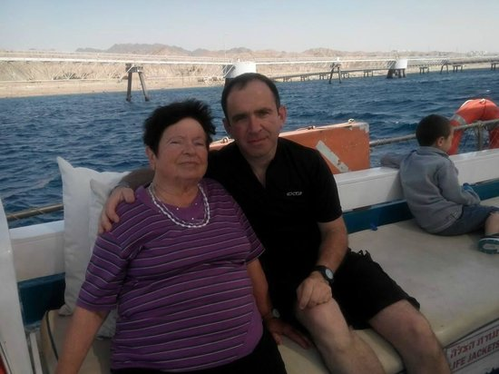 U Coral Beach Club Eilat : Sailing in the Red Sea