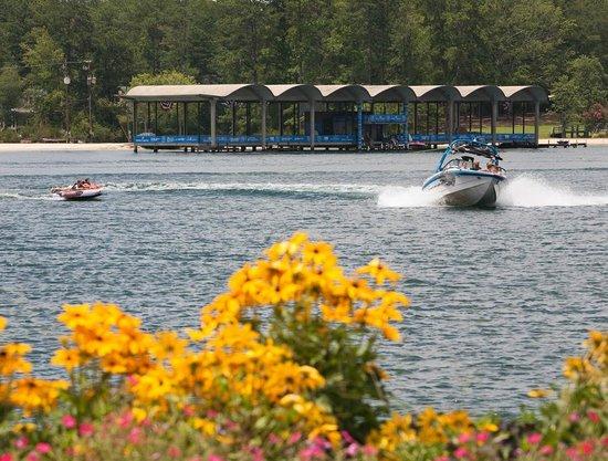 Callaway Resort Gardens Robin Lake Beach At