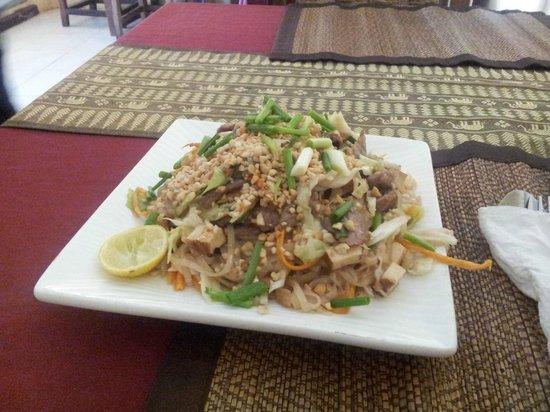 Zion Thai Restaurant: pat thai fried noodles