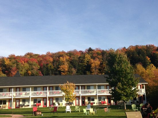 Beach Inn Motel on Munising Bay: beautiful views