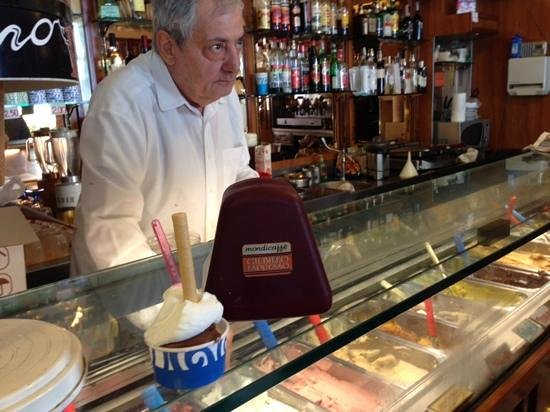 Eating Italy Tours: Ending our tour with real gelato topped with the best whipped cream!