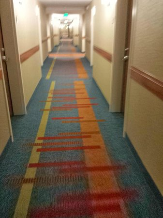 HYATT house Denver Airport: Second floor Hallway on our way to check out