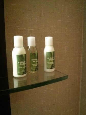 Cambria hotel & suites Raleigh-Durham Airport: loved the products!