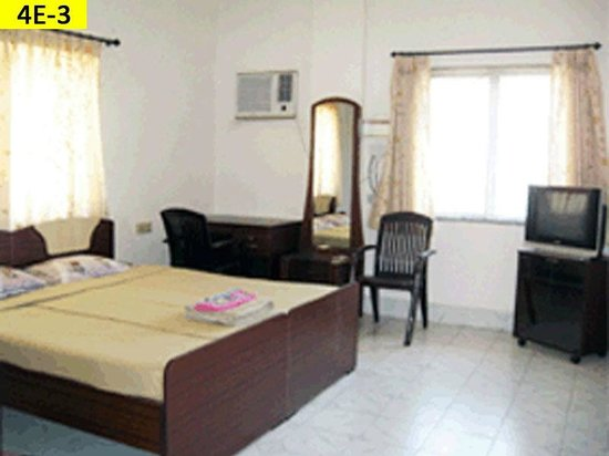 Vcare Service Apartments : Deluxe Room