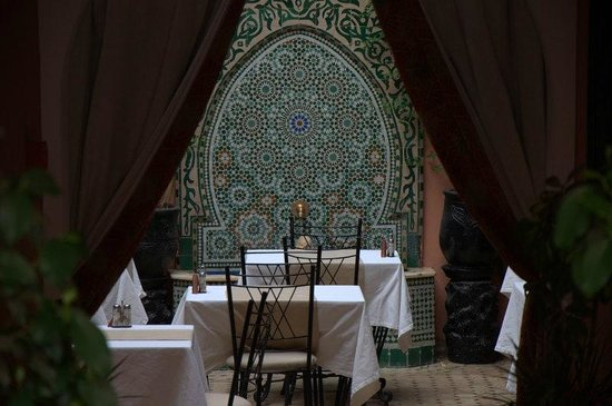 Les Borjs de la Kasbah : Restaurant from courtyard