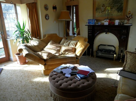 Thornley House: lounge