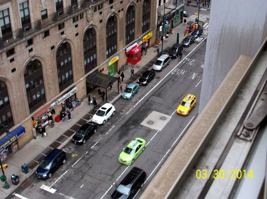 Hampton Inn Manhattan-Times Square North: View from 11th floor - Eighth Avenue