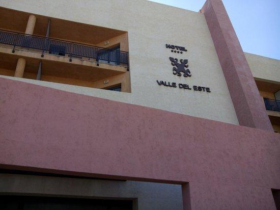 Valle del Este Golf Resort : FACHADA PRINCIPAL VISTA FORNTAL