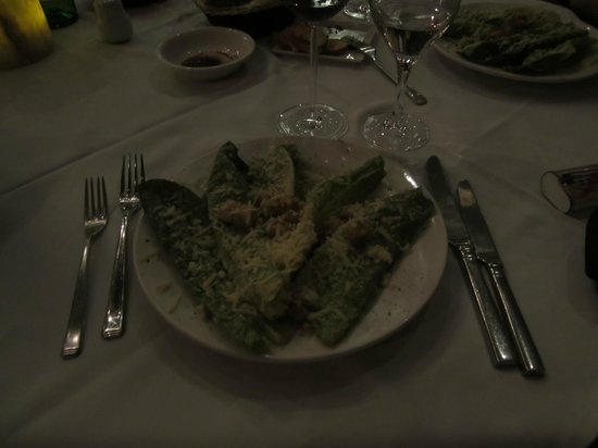 La Madonna : Wonderful Caesar salad