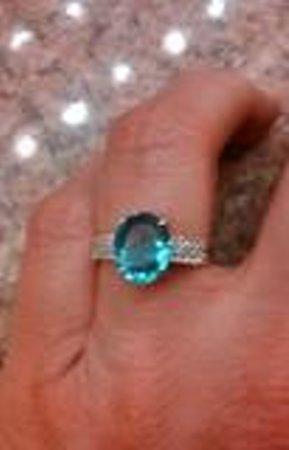 Ajanta Jewelers: Blue Topaz loose stone in Ajanta setting